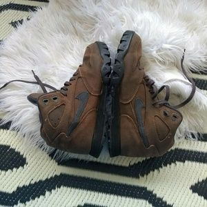 Nike Shoes - Vintage 1990s Nike Lava suede hiking boots 6.5